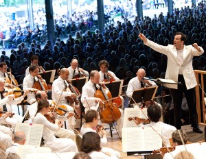 Andris Nelsons at Tanglewood (Hilary Scott)