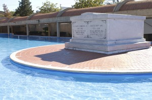 Martin Luther King Jr Tomb
