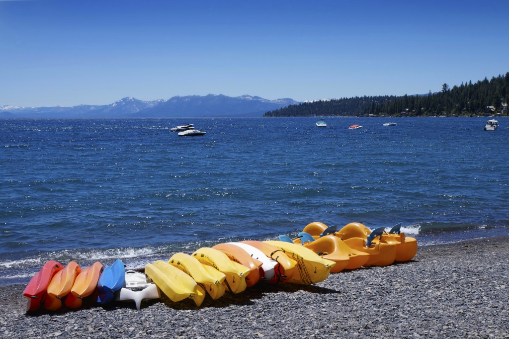 stock-photo-12203182-paddleboats-on-the-lake-tahoe-shore