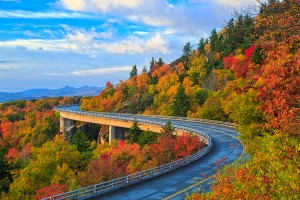 stock-photo-51580676-linn-cove-viaduct-blue-ridge-parkway-fall